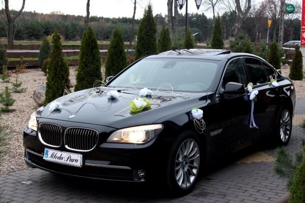 Auto do ślubu. Nowy koń w stajni, czyli BMW 7 F01